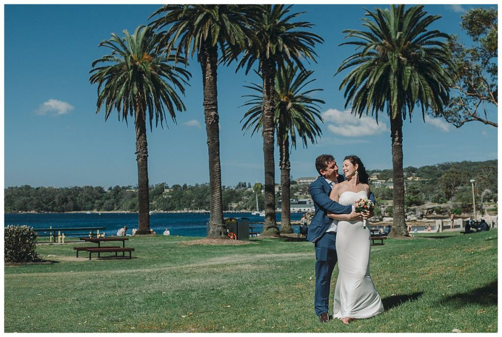 Balmoral-beach-wedding-photo-location-with-sydney-harbour-view-photo