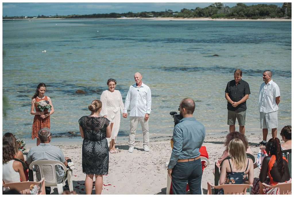 beach-wedding-ceremony-photo