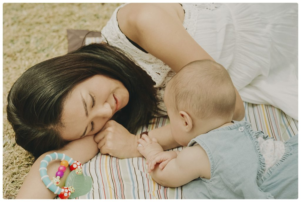 mother-loves-her-kid-photo-session-ideas-video