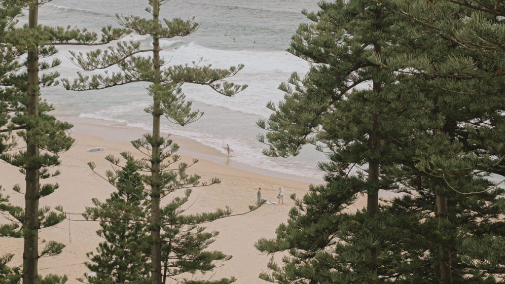 Manly-beach-australia-perfect-location-for-wedding-photo