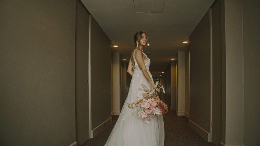 beautiful-bride-sydney-wedding-novotel-manly-photo