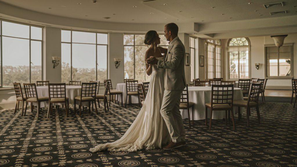 destination-wedding-first-dance-video