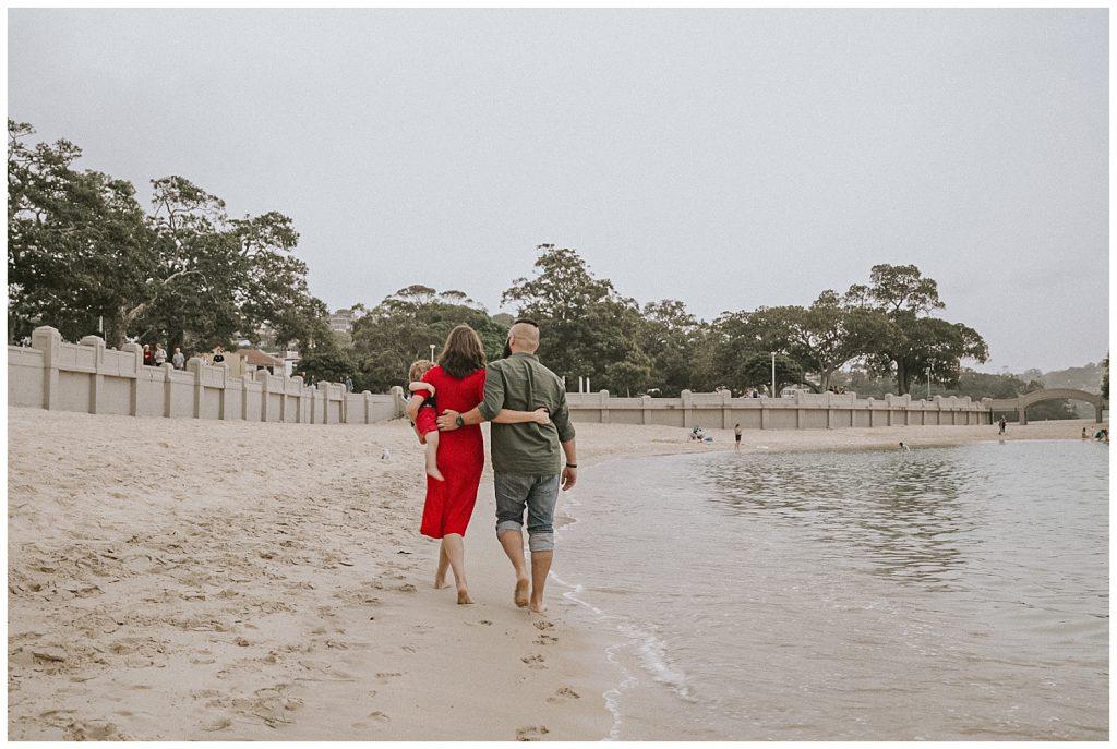 family-portraits-at-balmoral-beach-photo