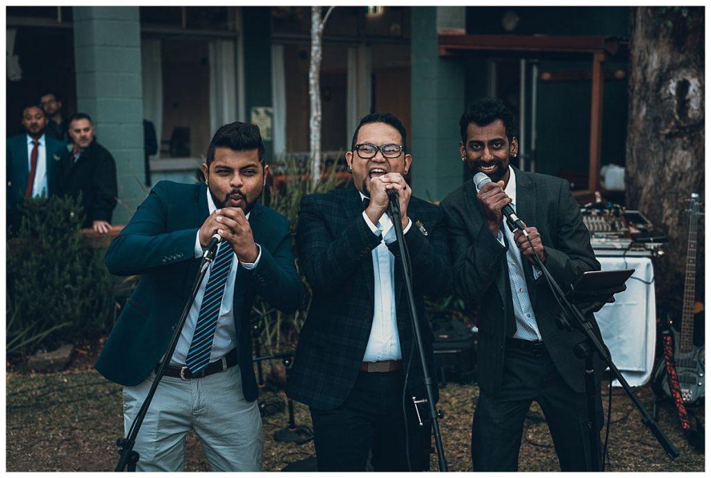 groom-with-groomsmen-band-wedding-party-photo