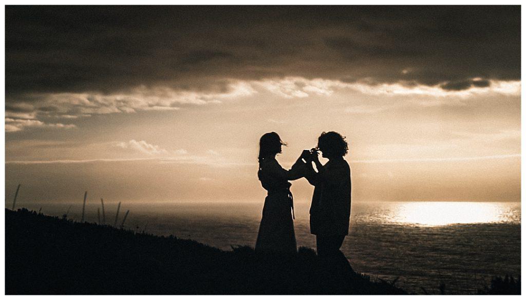 couple-dance-during-the-sunset-lisbon-photo