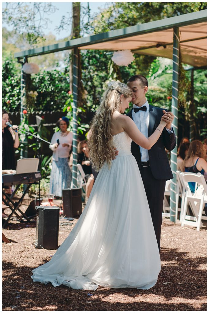 beautiful-first-dance-sydney-wedding-photo