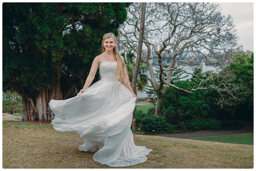 bride-in-the-white-dress-photo